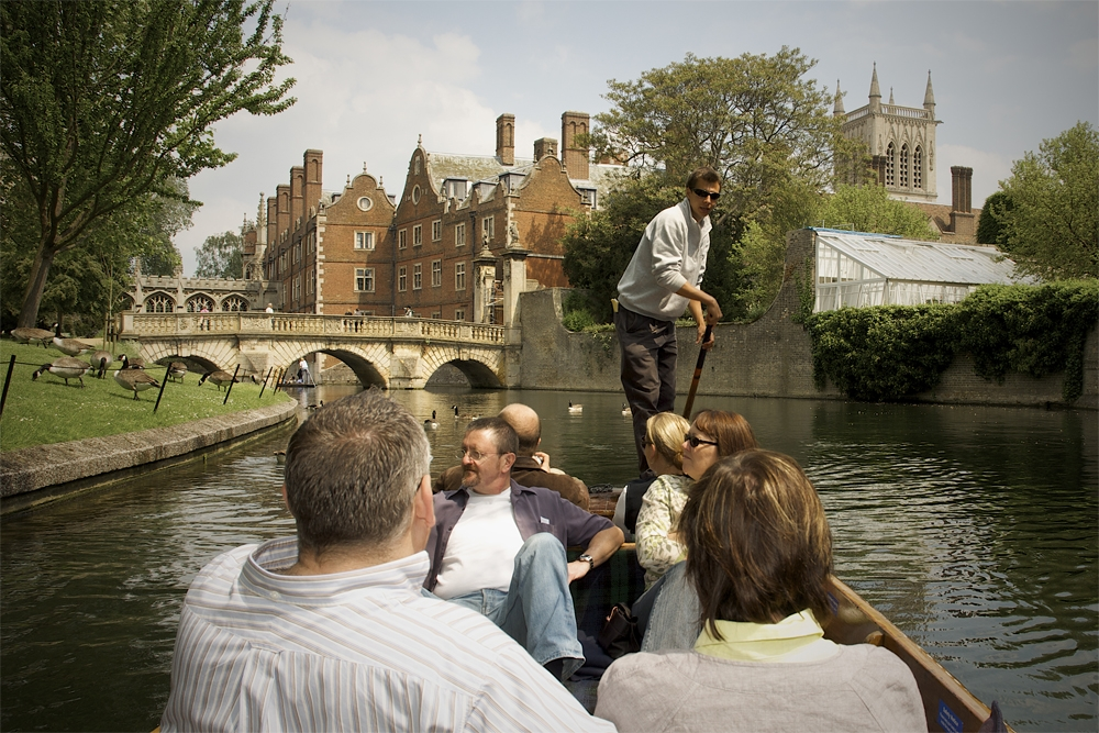 Photo shoot for Scudamores Punting Company Cambridge by photographer Richard Bowring (4)